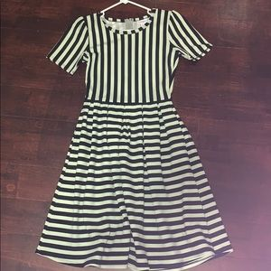 Black and White stripe Amelia